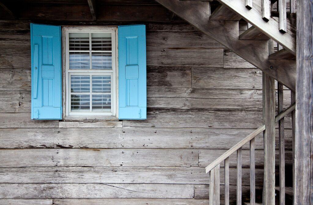 A quién se atribuye la vivienda común en caso de Divorcio